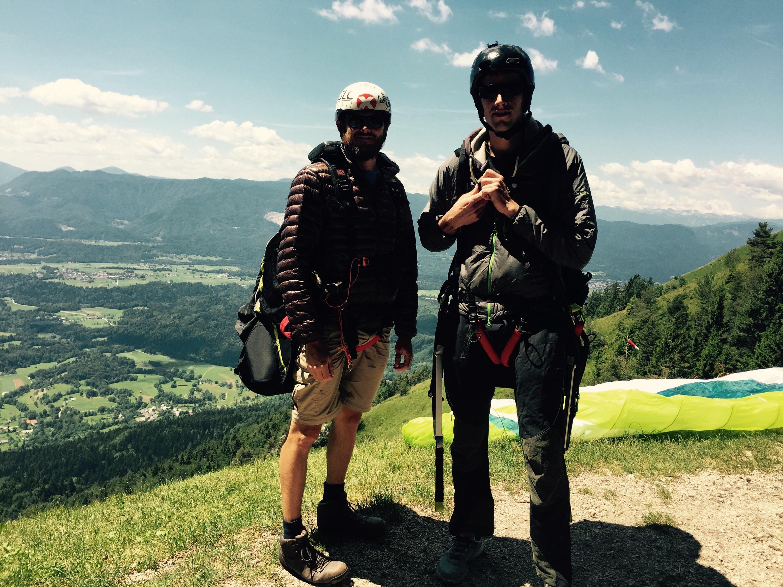 Jaka and Paul, ready to paraglide, Dobrča